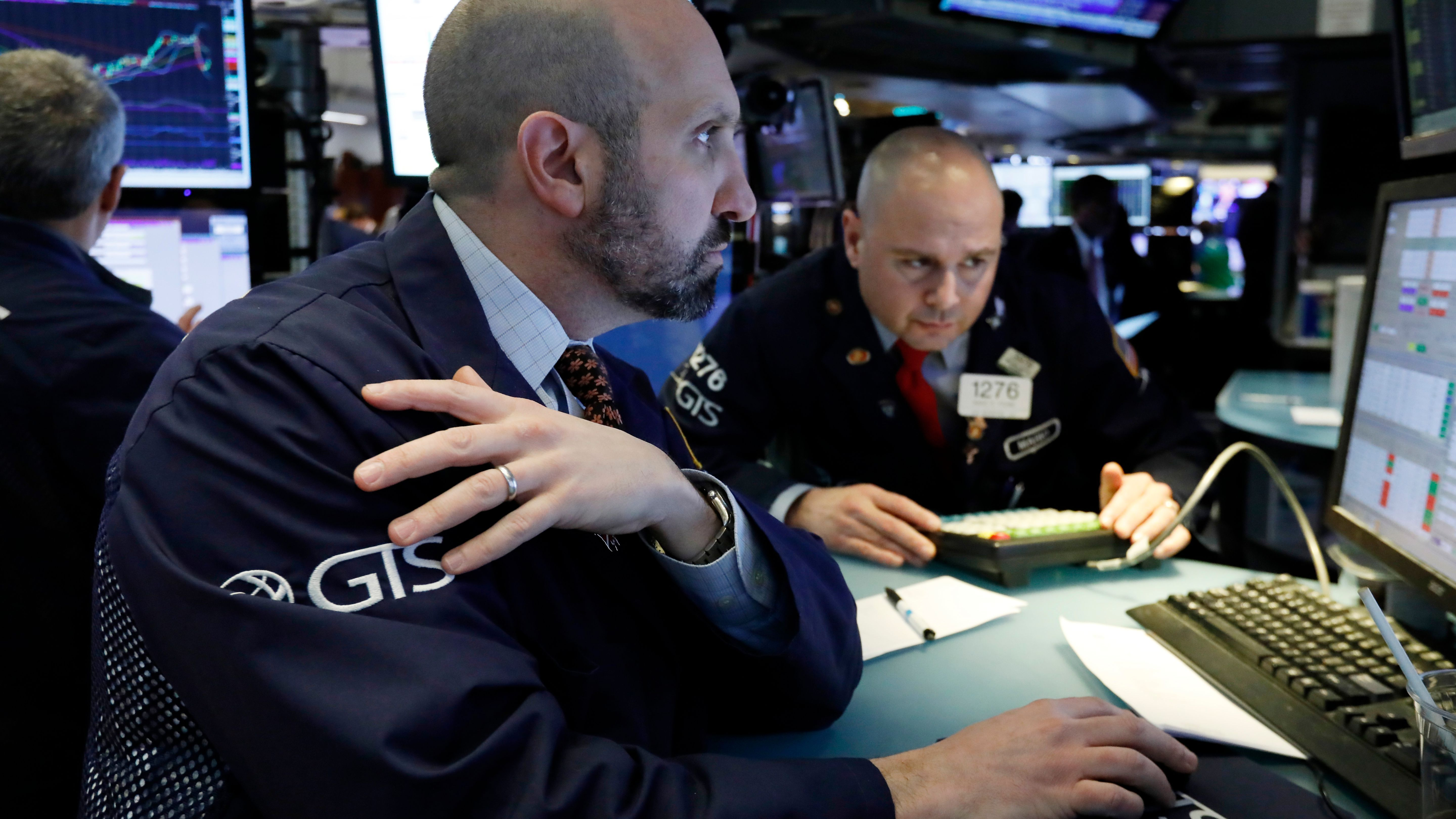Dow Falls As Stock Market Moved Lower Sparked By Federal Reserve Interest Rate Decision Usa Today Dow Falls As Stock Market Investing Marketing Wall Street