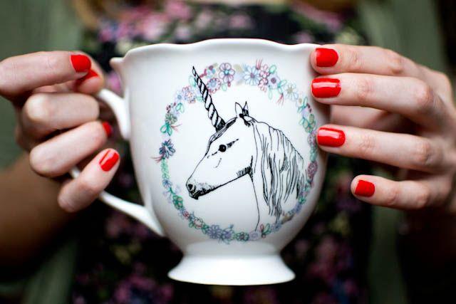 #essie #vernis #meetmeatsunset #nailpolish #licorne #mug #tasse #tea