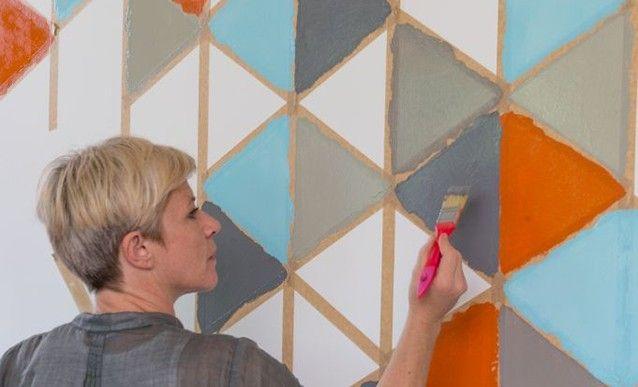 tutoriel peindre des motifs g om triques sur un mur decoration and bricolage. Black Bedroom Furniture Sets. Home Design Ideas
