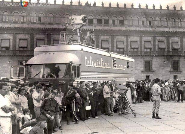 Equipo de filmación de Telesistema Mexicano (1972).