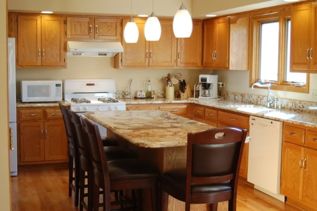honey oak cabinets what color granite | not so sure gray ... on What Color Granite Goes With Honey Maple Cabinets  id=89300