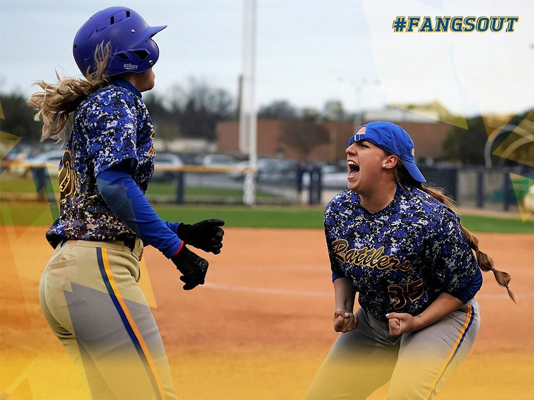 Stmu Softball Won Their First Two Conference Games Softball Athlete Softball Team