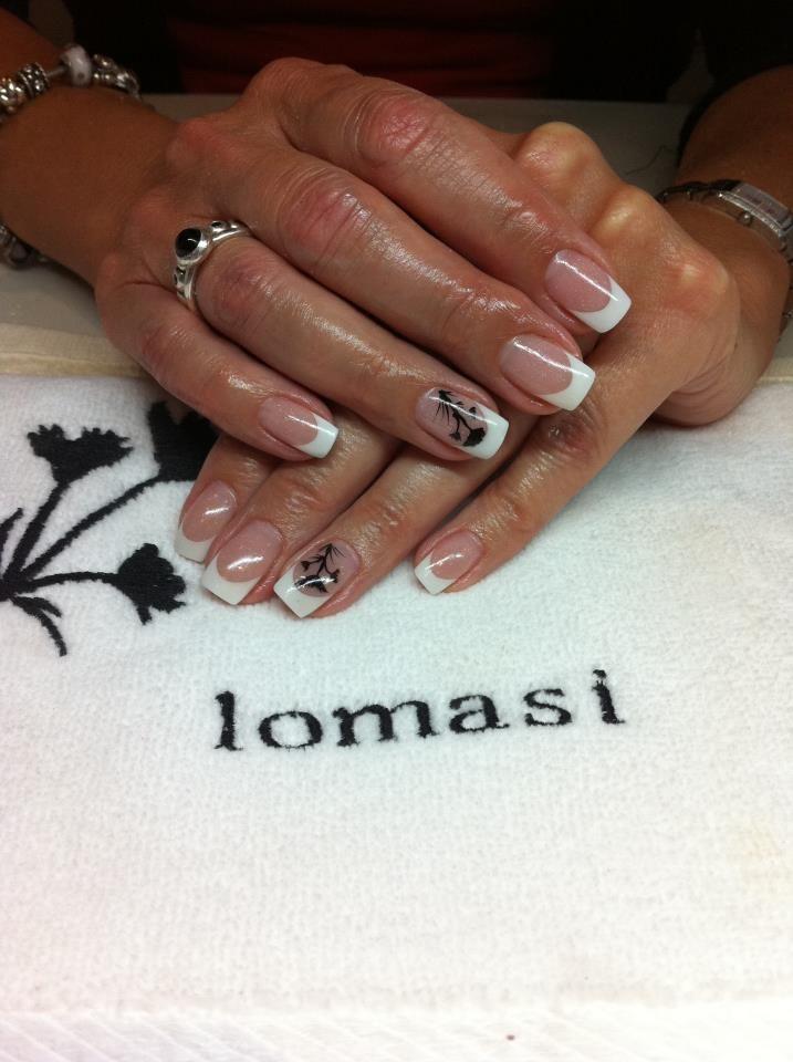 Her matte-jesty | matte topcoat | Summer acrylic nails