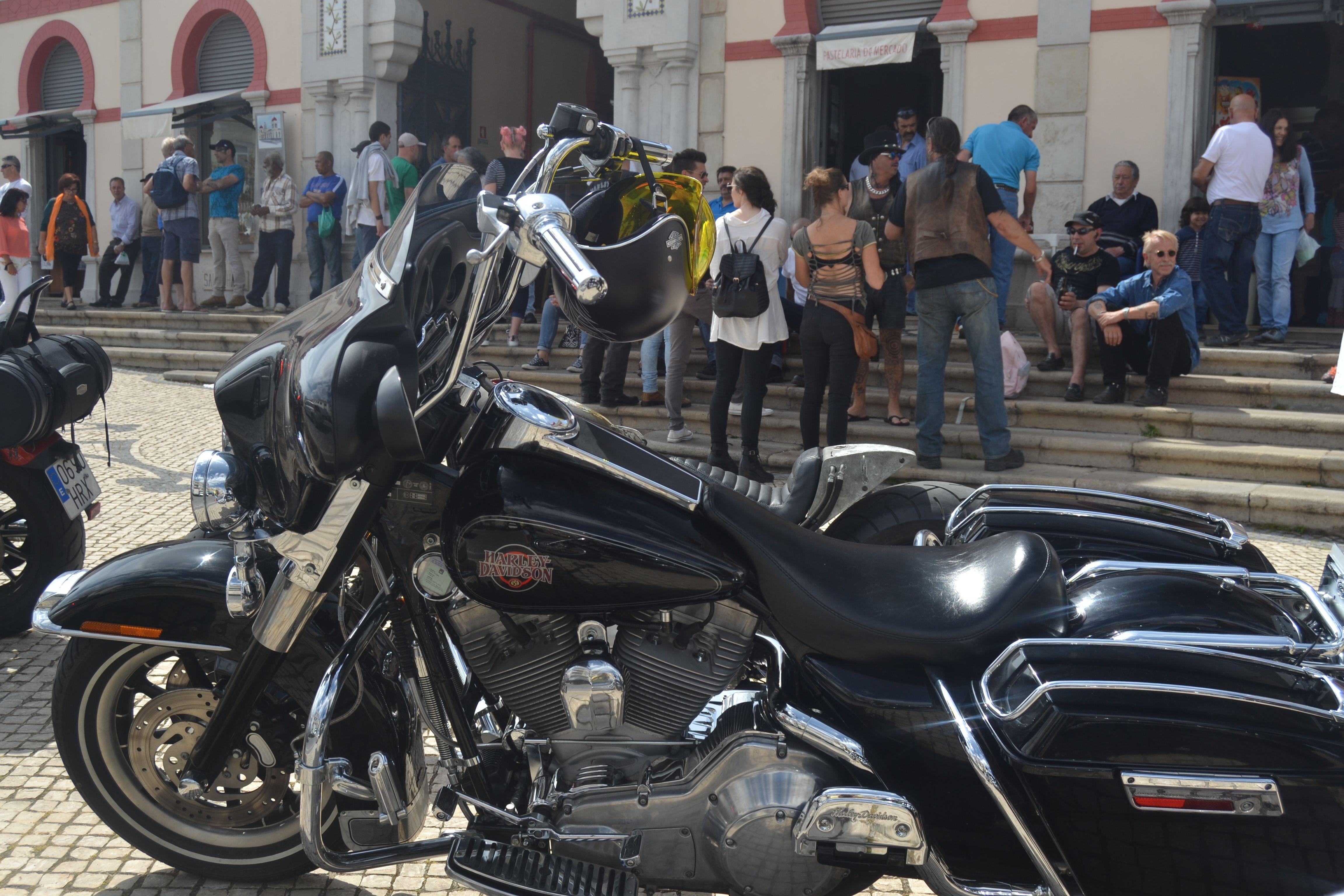 Motos y Mercado de Pascua de Loulé, Algarve Coches y