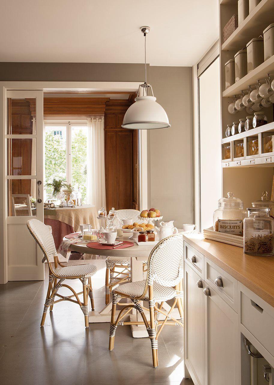 8 ideas para comer en la cocina cocinas y for Cocinas integrales redondas