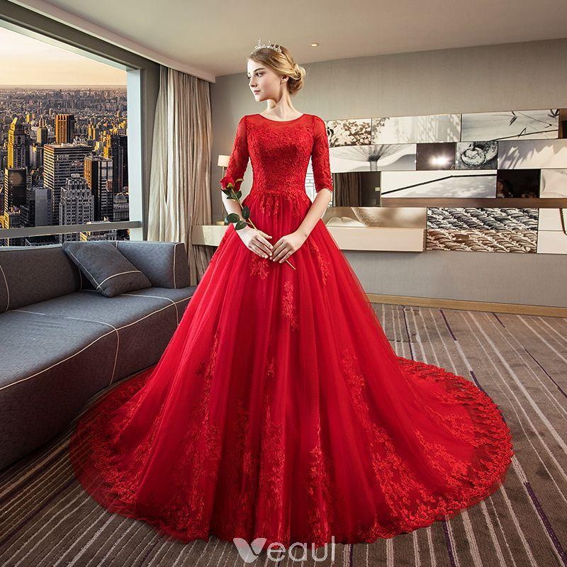 Eleganta Röd Bröllopsklänningar 2018 Balklänning Urringning 1 2 ärm  Halterneck Appliqués Spets Ruffle Royal Train 0af6d7c0d2782