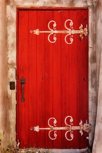 Red Door  photographed at Scottyu0027s Castle in Death ... & Red Door