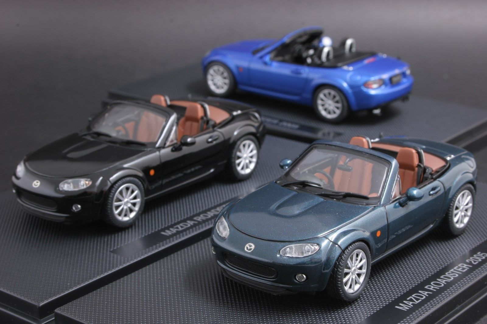 Ebbro 1 43 Scale Mazda Roadster Mx 5 Miata 2005 Diecast Model Car