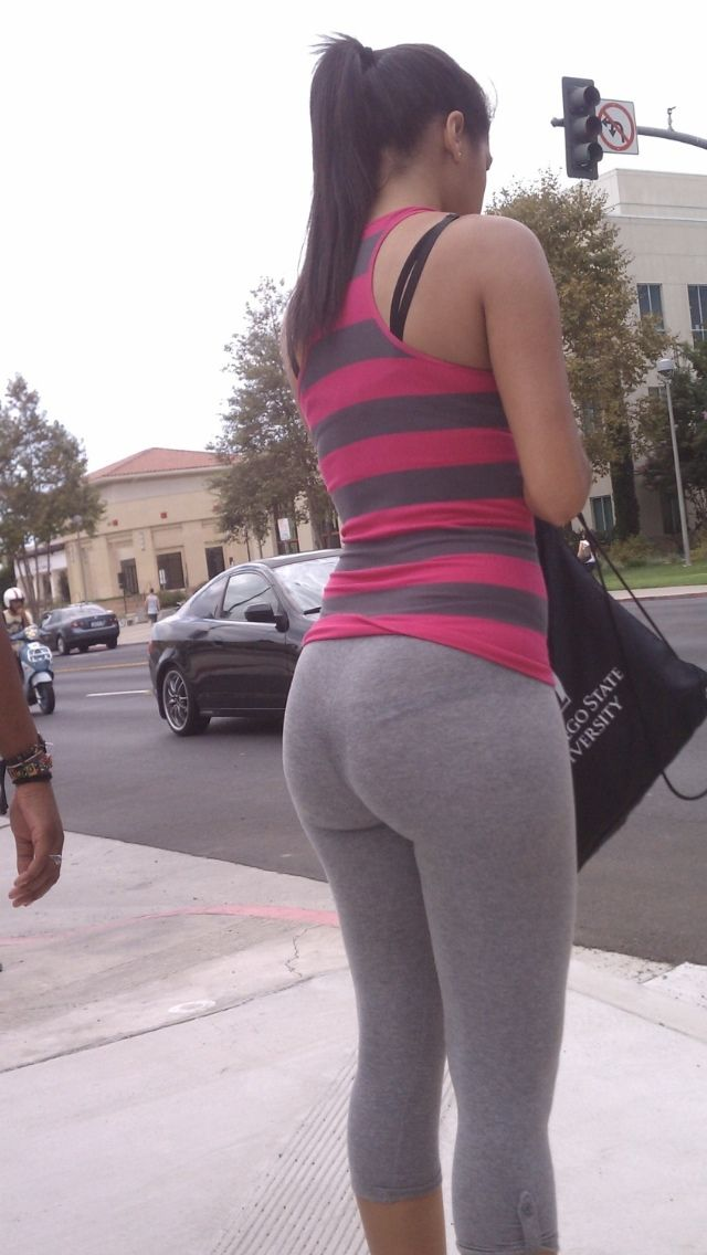 Big ass in white leggings
