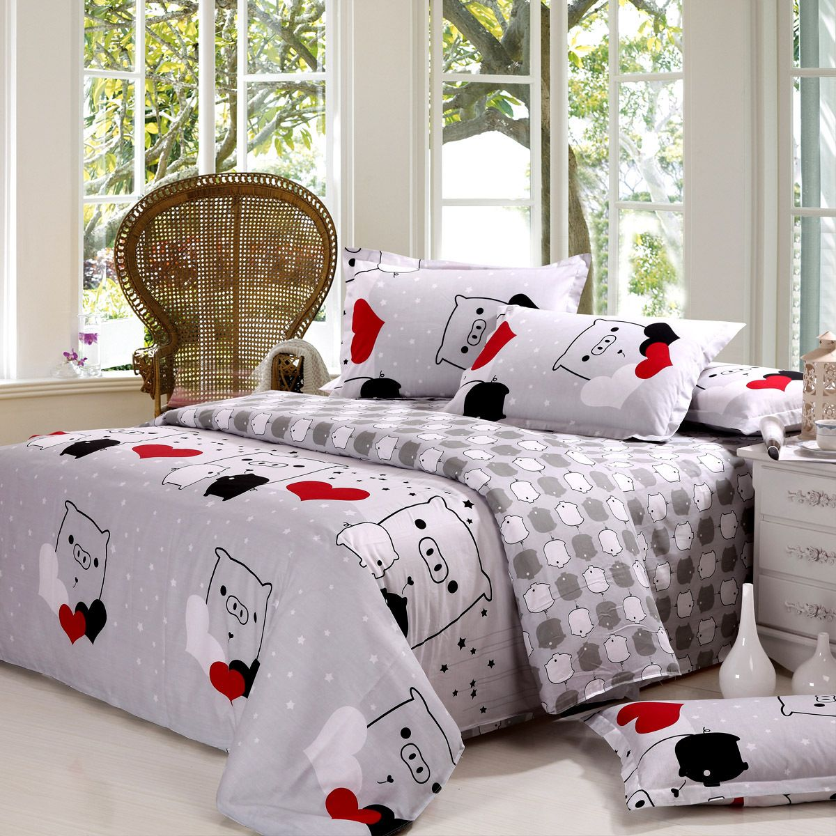 Free Shipping Pig Bedding 100% Textile Cotton Duvet Cover Bed Sheets Bed  Four Piece Set