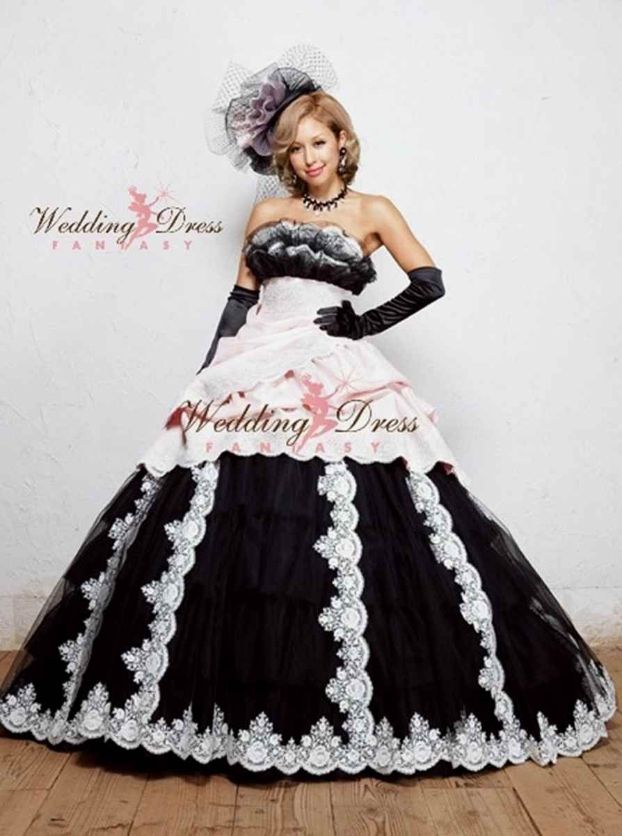 Ballgown gothic wedding dresses plus size black and white  Evening