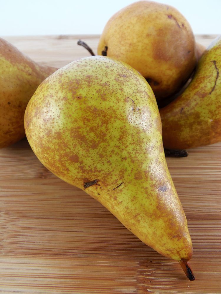 Use Some Of These Great Storage Tips For All Those Leftover Pears Dried Pears Pear Canning Recipes