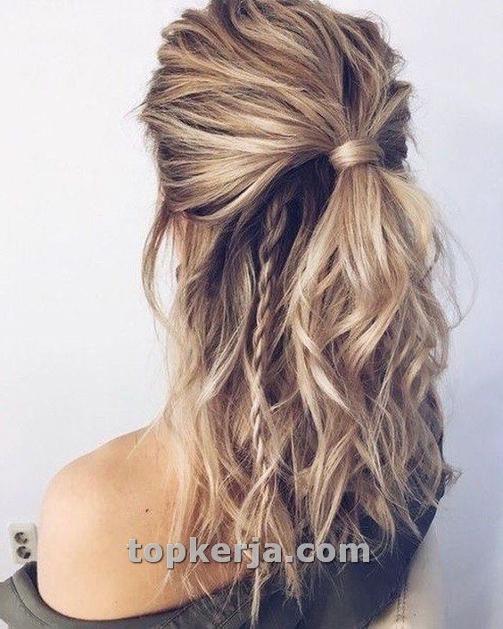 Bohemian Hairstyle Ideas For Every Boho Style Topkerja Com Medium Long Hair Medium Length Hair Styles Hair Lengths