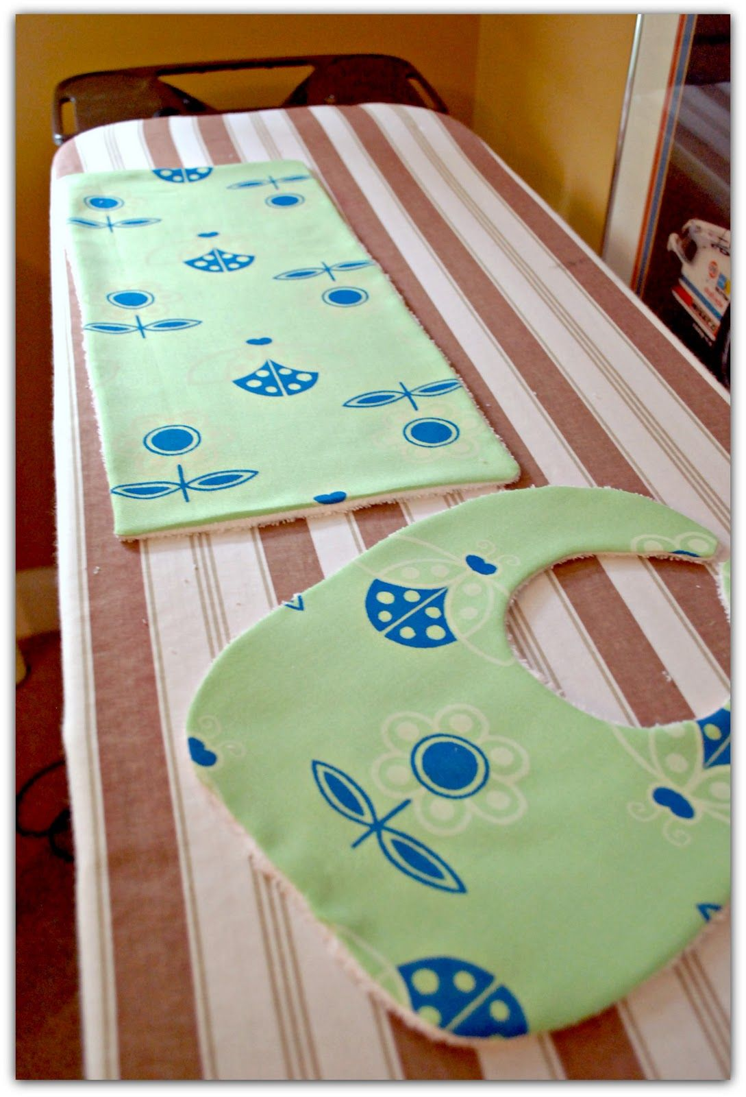Life as a thrifter bibburp cloth tutorial baby stuff life as a thrifter bibburp cloth tutorial baditri Image collections