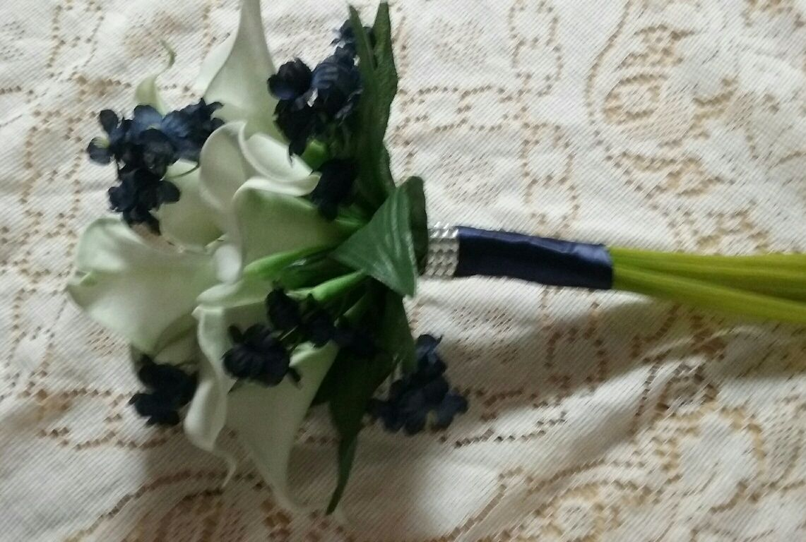 Natural Touch Calla Lily Maids Bouquet. Choice of colors