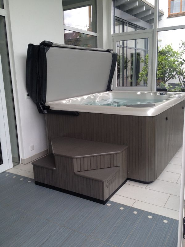guggemos whirlpool gmbh whirlpool montage in gundelfingen garten pinterest poolabdeckung. Black Bedroom Furniture Sets. Home Design Ideas