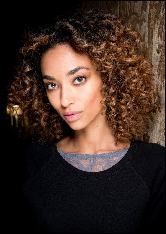 Lockenfrisuren: Die schönsten Looks für Frauen mit Locken