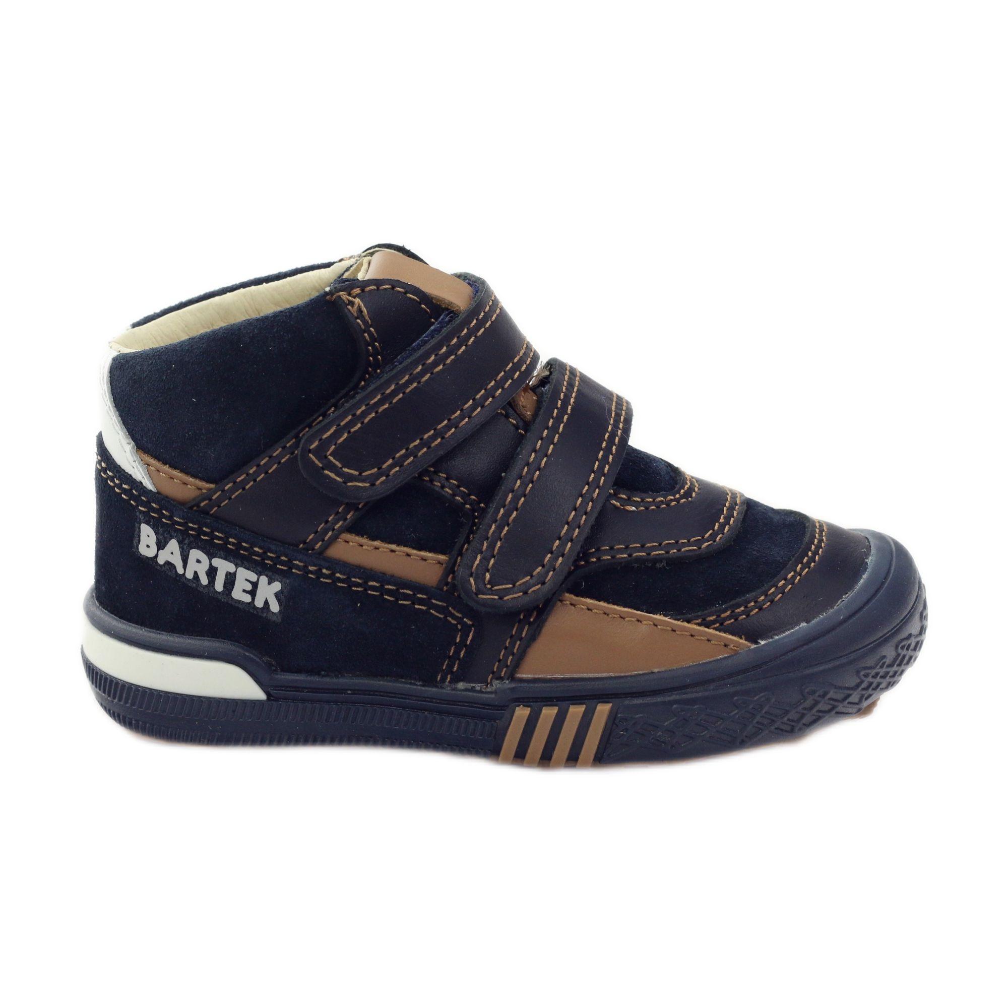 Polbuty I Trzewiki Dzieciece Dla Dzieci Bartek Granatowe Brazowe Biale Trzewiki Profilaktyczne Bartek 91756 Childrens Boots Childrens Shoes Kid Shoes