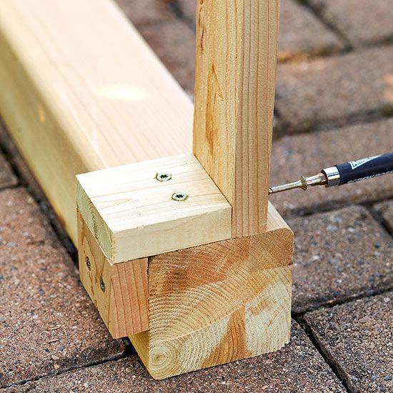 Paso a paso para hacer tu propia mesa de exterior Patios, Probar y - como hacer bancas de madera para jardin