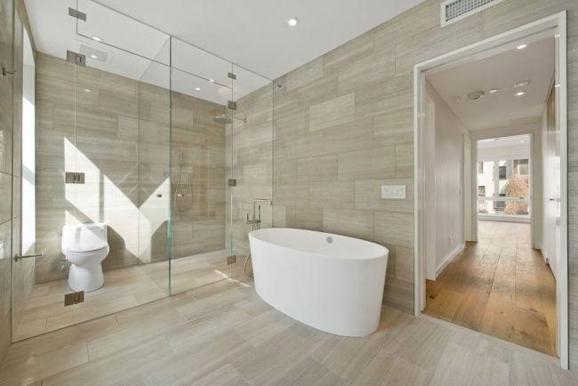 Uberlegen Minimalistisches Bad Glas Duschkabine Fliesen Holzoptik 650×434