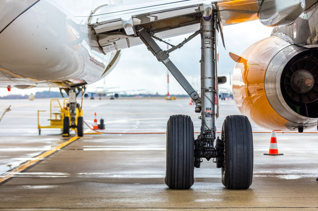 Avion Express Airbus A321 Landing Gear Mtow Of The A321 Is 205 000