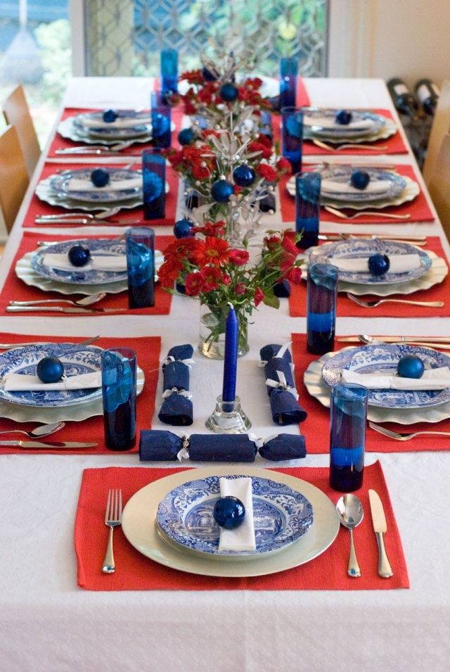 Christmas Lunch 2012 With Images Blue Table Settings Holiday Table Decorations Fourth Of July Decor