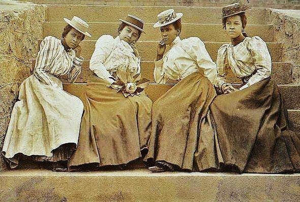 Late 1800s American Fashion