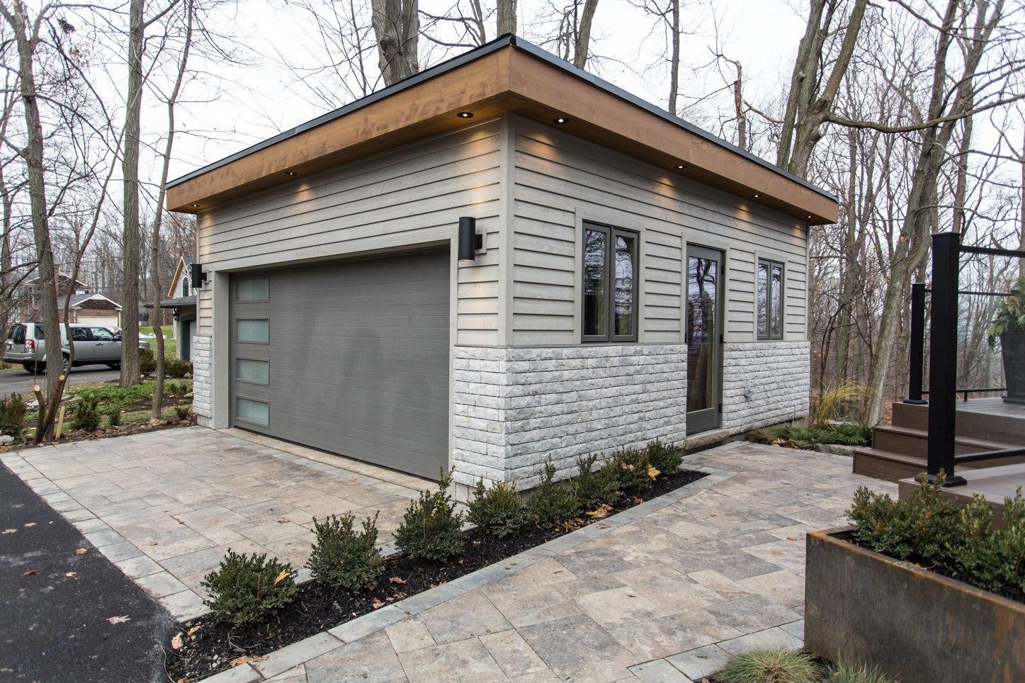 Unique Garage Decor 3