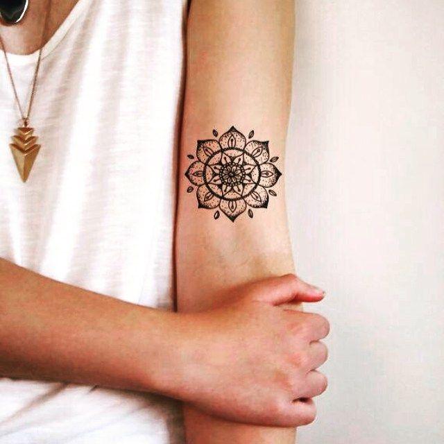 30 Wonderful Mandala Tattoo Ideas That May Change Your Perspective Henna Tattoo Temporary Tattoos Boho Temporary Tattoos