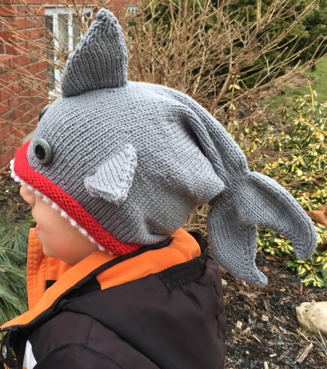 e250dc78980 Free Knitting Pattern for Shark   Fish Hat - These shark hats are  modifications of the Fish Hat Dead or Alive knitting pattern. Pictured  project by DJdee