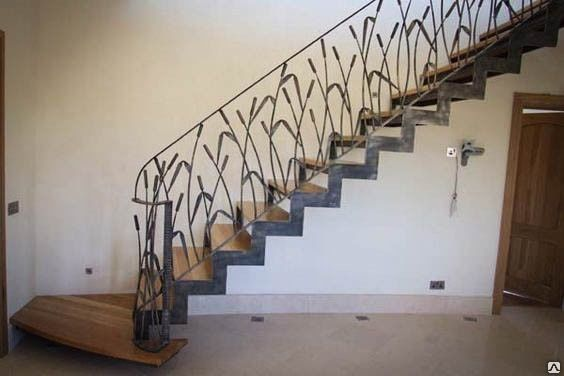 fun wrought iron staircase. 080 big jpg  564 376 Wrought Iron StaircaseCurved StaircaseSpiral StaircasesSteel BalustradeGirly ThingsFun ThingsIronsBig HousesSwirls Confec ii metalice Pinterest