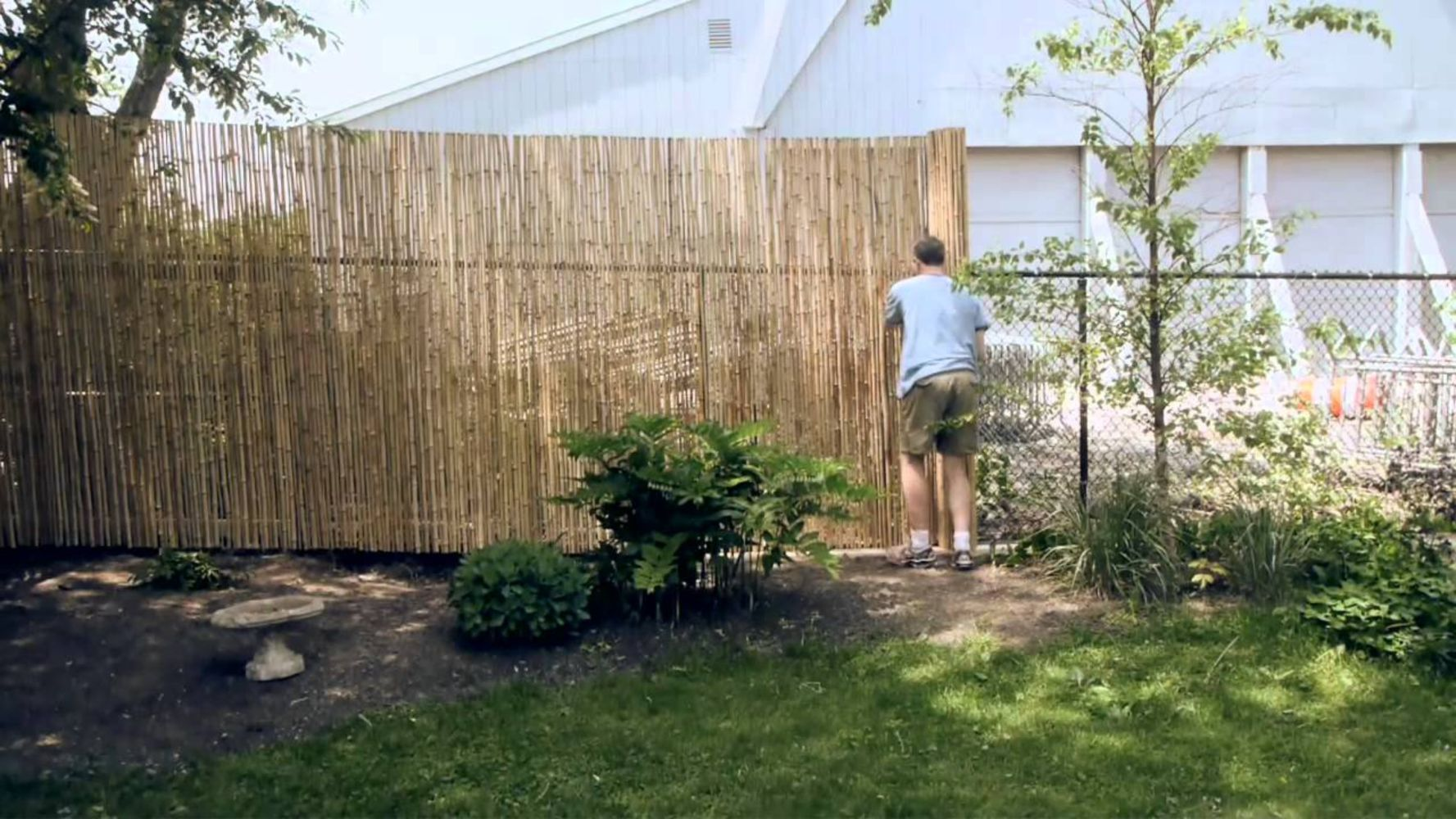 How to make a wattle fence cheaply