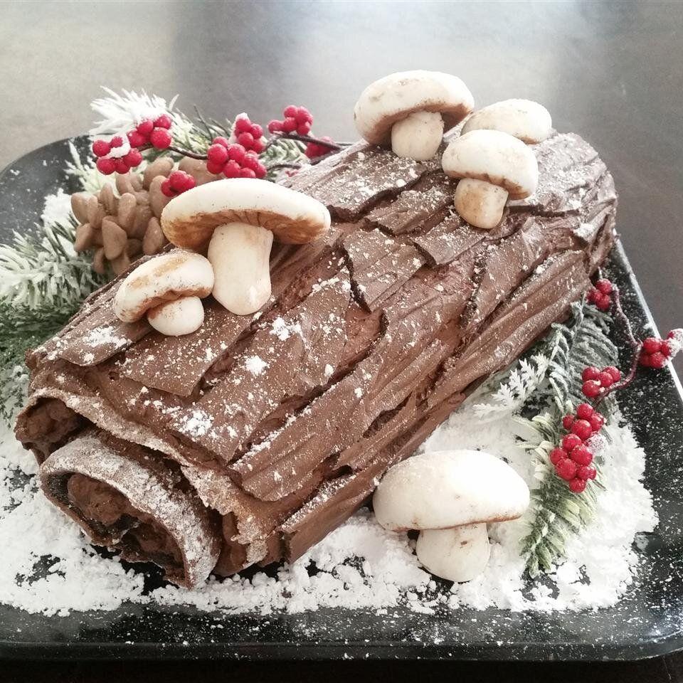 Buche De Noel Recipe Traditional Christmas Desserts Buche De Noel Recipe Holiday Desserts Christmas