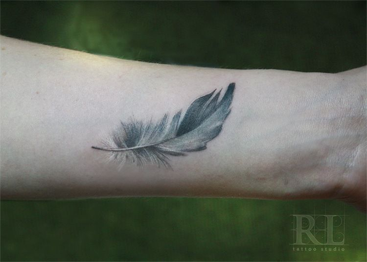 e8d6a8d43 Feather Tattoo | beauty is skin deep...more ink | Feather tattoos ...
