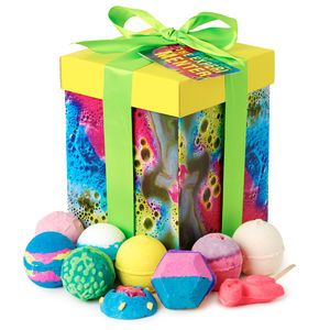 The experimenter lush top stuff pinterest lush and cosmetics the experimenter gift set of bath bombs from lush negle Images