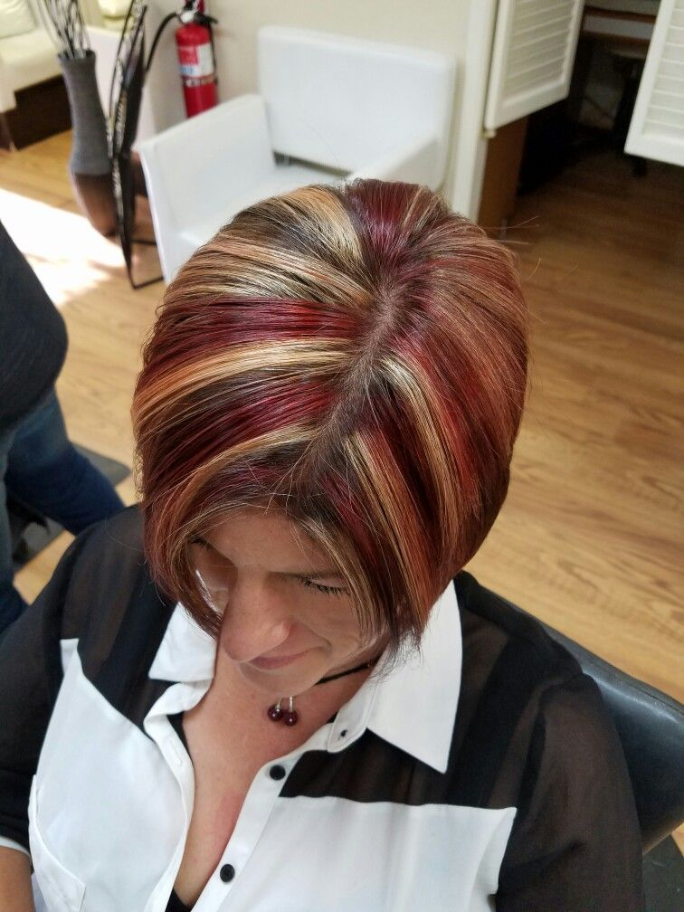 Deep Red Dark Brown And Blonde Highlightsort Hair