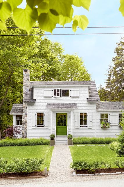 beautifully designed and decorated cottage in maine that makes the most out of sq ft also rh pinterest