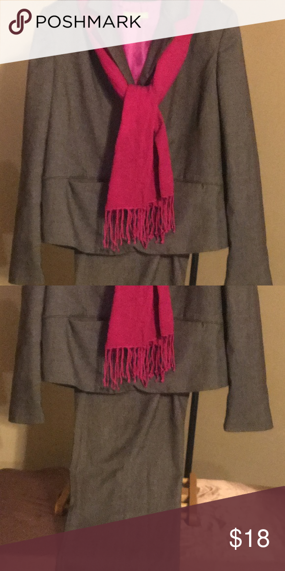 ef7fe3bd21 Sigrid Olsen Suit lined Size 12 w  pink scarf Very Stylish Brown Women s Sigrid  Olsen Pant Suit In Size 12 In Great Condition! Very Flattering made with ...