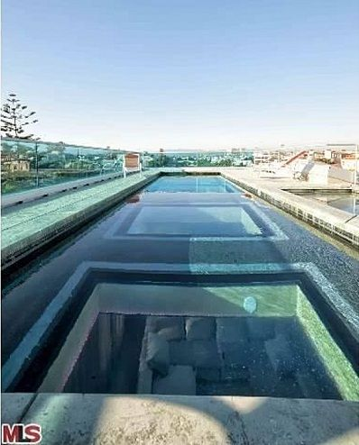 Glass bottomed swimming pool abbotsford richmond for Richmond gardens pool