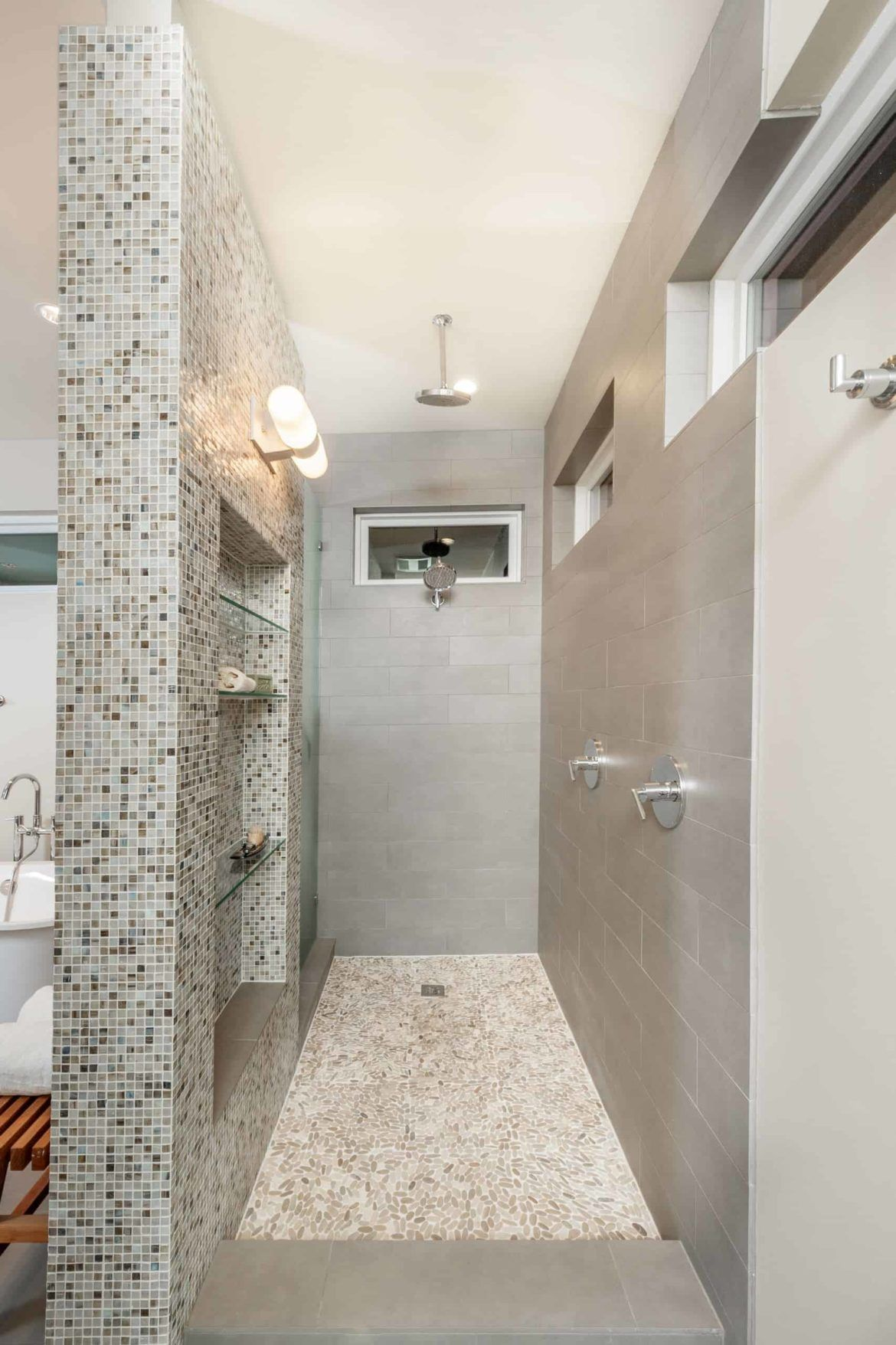36 Doorless Walk In Shower Ideas And Designs 2020 Edition Bathroom Layout Showers Without Doors Walk In Shower Designs