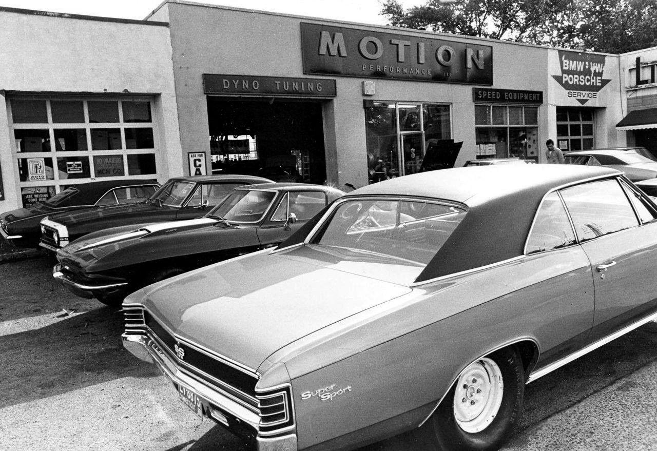 Dana Camaro Google Search Chevrolet Dealership Chevy Dealerships Dealership