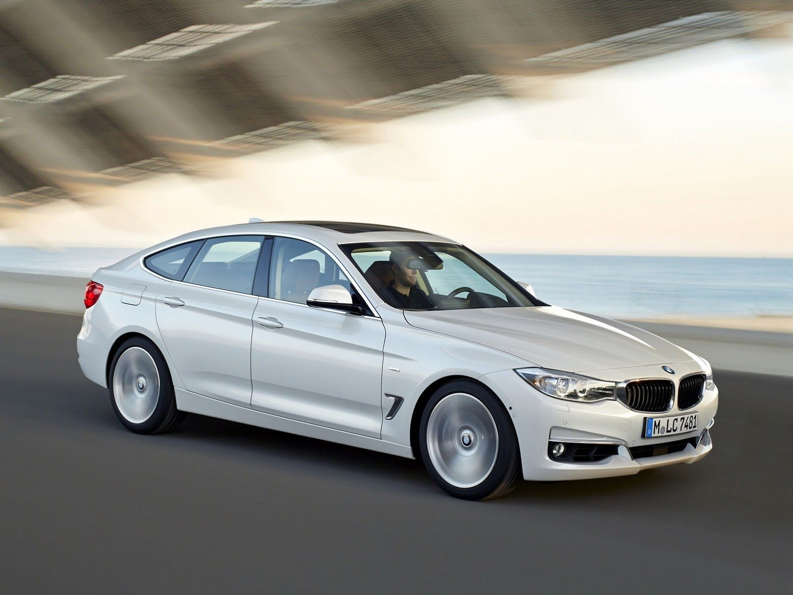 Bmw 3 series gran turismo white
