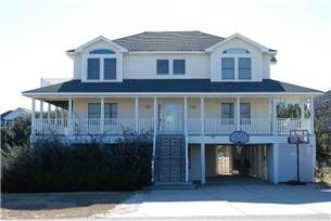 Outer Banks Vacation Rental Six Bedroom House Ocean Side: Ivey's Lair