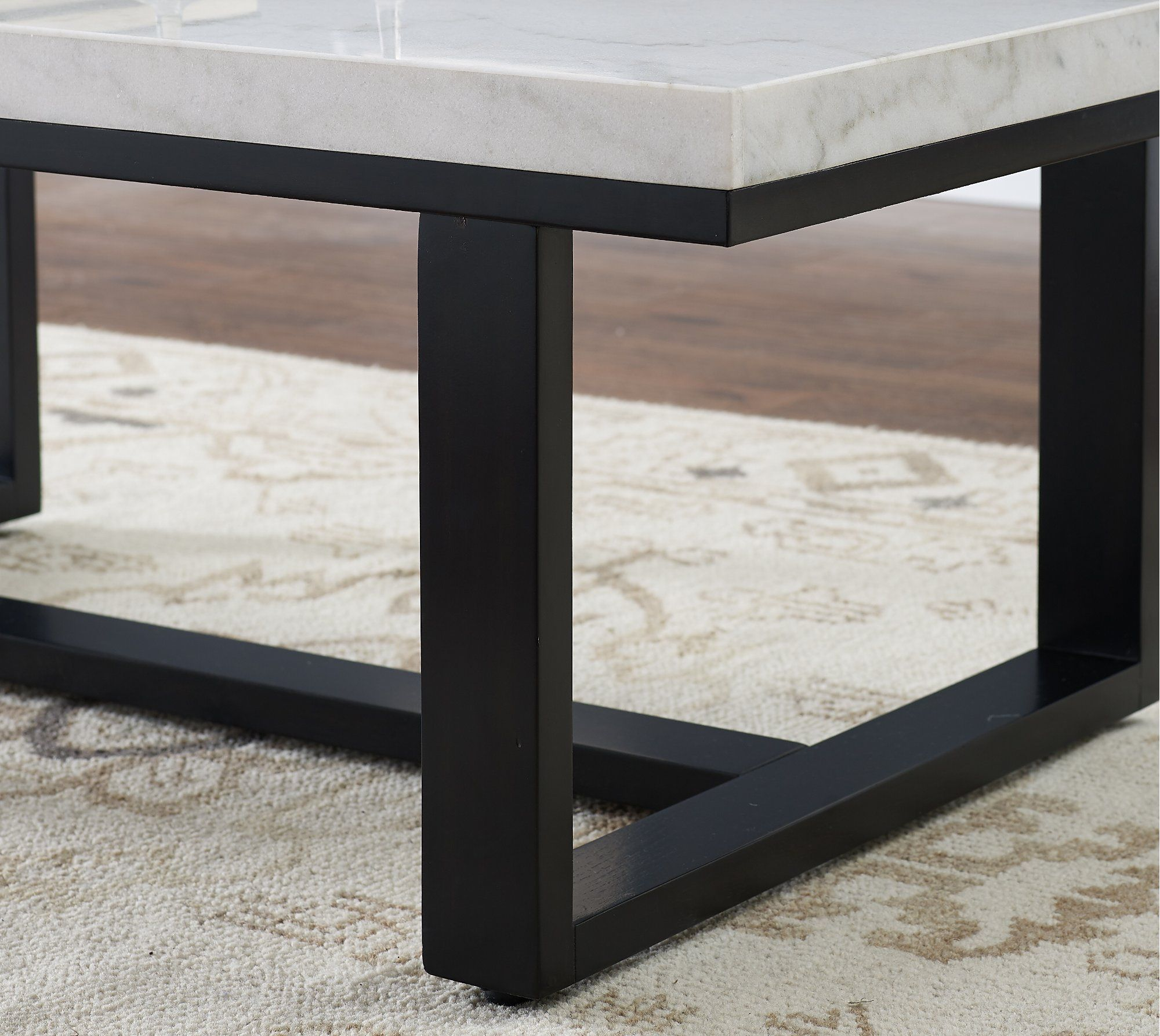 Glam Coffee Table With White Marble Top Lucca In 2020 Marble