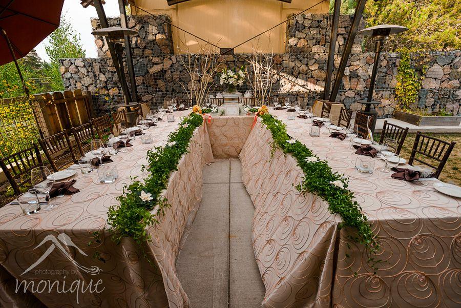 Cedar House Sport Hotel wedding in Truckee © www