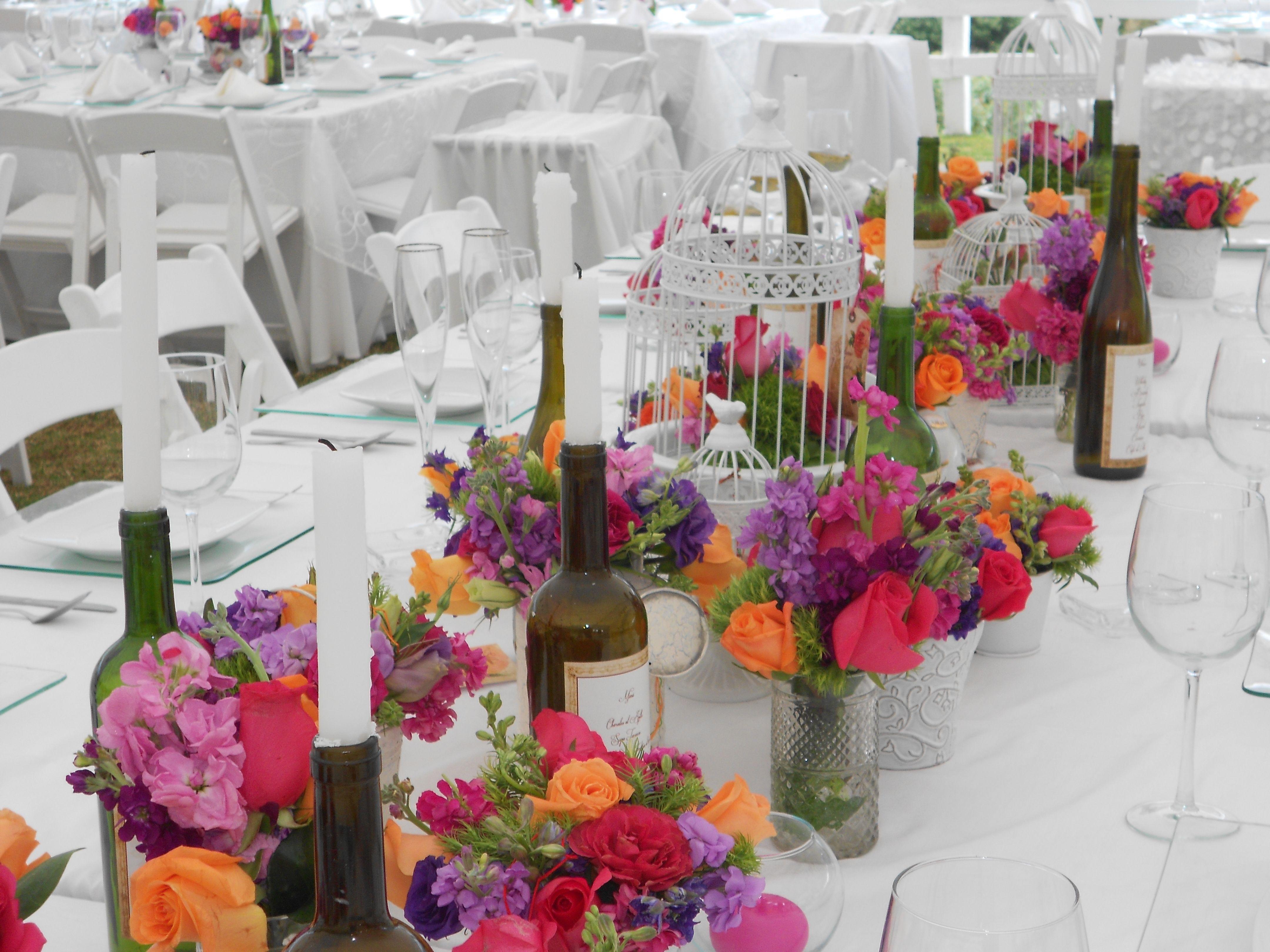 Centro de mesa imperial mexicano con botellas macetitas for Centros de mesa para salon