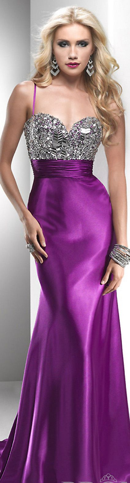 VIOLETA Y PLATEADO....❤ | Mujer - trajes fiesta | Pinterest ...