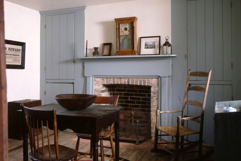 cliff house dining room | Cliff House · Jefferson County, West Virginia | Primitive ...