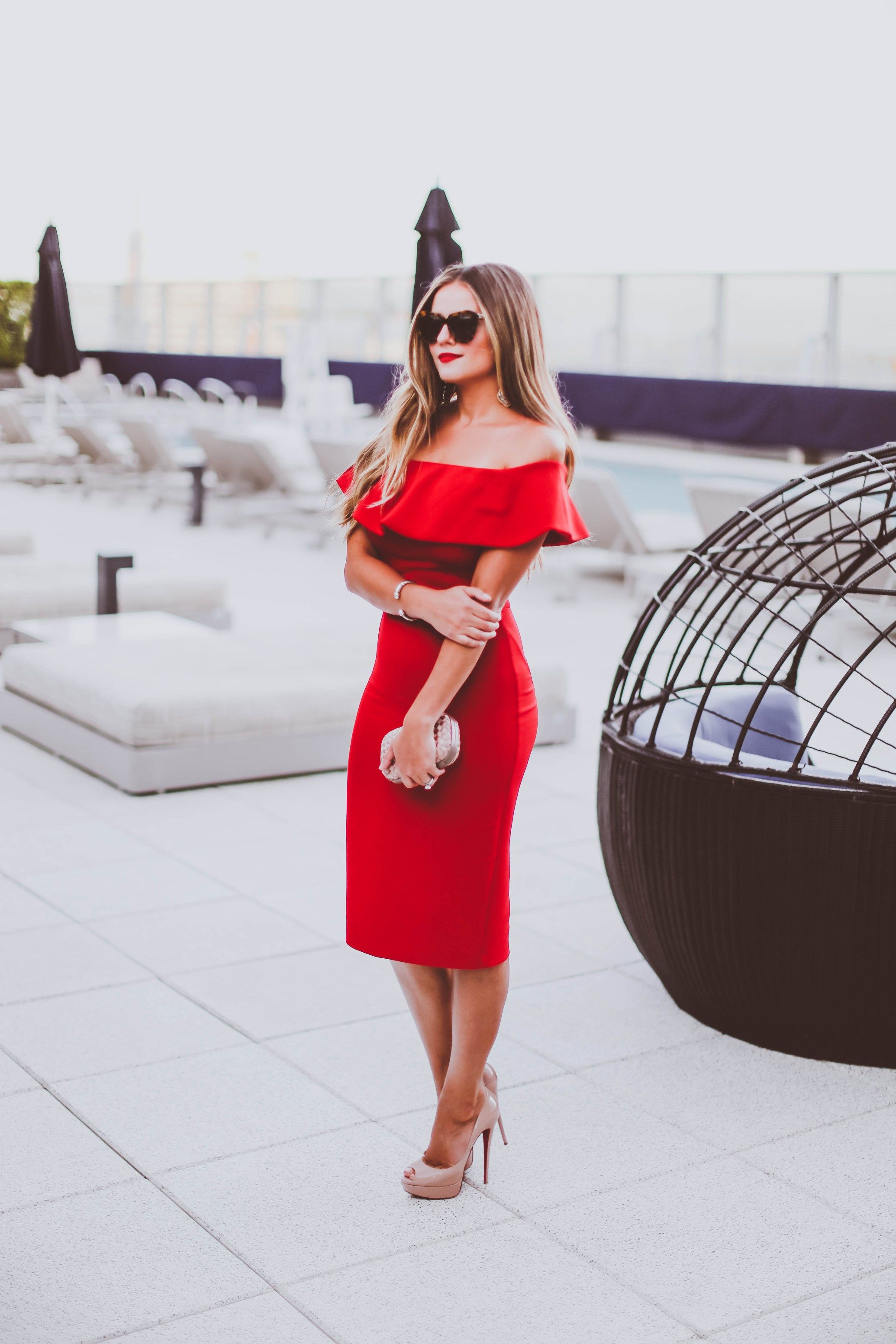 64306e58b26d OOTD // Date Night in a Red Off-the-Shoulder Dress | colors | Kleider
