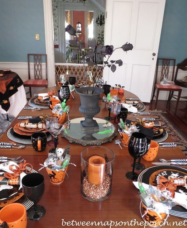 Pin by Paola Montañez on Halloween 3 Pinterest - halloween table setting ideas